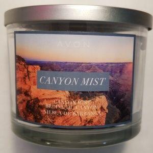 Avon's Canyon Mist Lavender Candle
